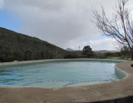 Annex and Kliphuis shared Pool Copy 270x210 Cederberg Cottages