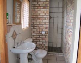 Chalet Bathroom Copy 270x210 Cederberg Cottages