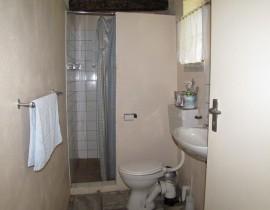 Cottage Bathroom Copy 270x210 Cederberg Cottages