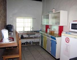 Kliphuis Kitchen Copy 270x210 Cederberg Cottages