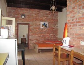 Kliphuis View from Kitchen Copy 270x210 Cederberg Cottages